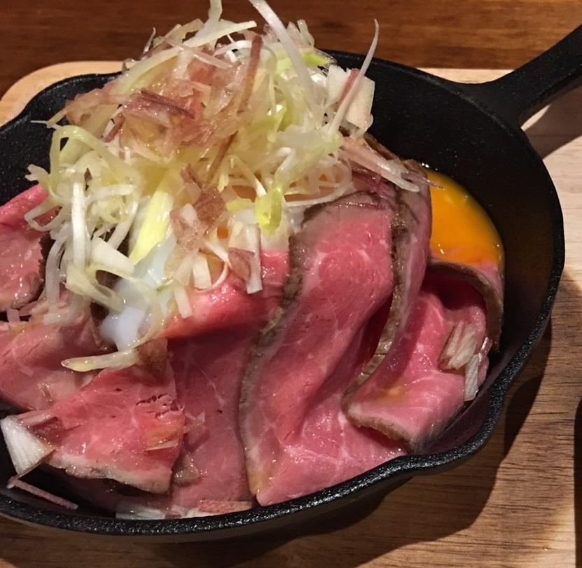 ローストビーフ丼セット